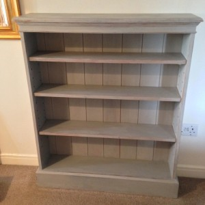 Chalk paint - bookcase after