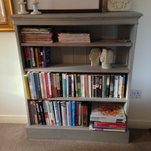 Chalk paint - bookcase after, in use